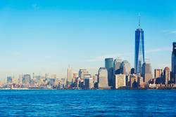 New York Landschaft Skyline von Liberty Island angesehen