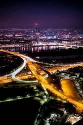 Wiener Skyline bei Nacht vom Donauturm