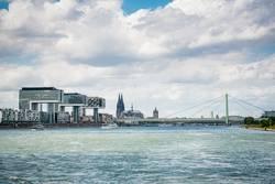 auf dem Rhein in Köln