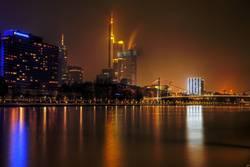 Frankfurt am nächtlichen Main