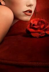 Rote Lippen, rote Rosen