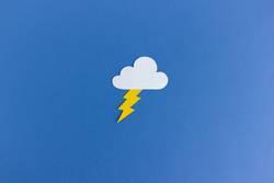 Gewitter Wolke mit Blitz