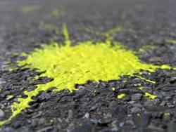 gelber klecks