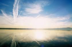 Weiß-Blauer Sonnenaufgang