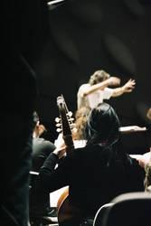 Passion 1 Dirigent vor Orchester