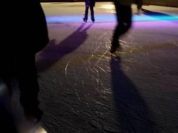 Auf dem Eis tanzen