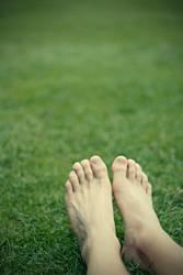 Füße im Grünen