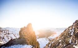 Fels im Sonnenlicht