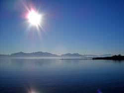 Kaltes Klares Chiemsee-Wasser