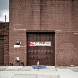 Kein Parken vor der Schokoladenfabrik?