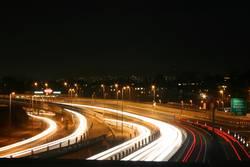 Nacht über der Autobahn