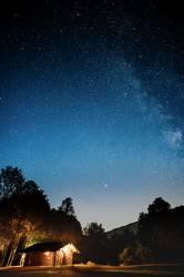 Hütte unter Sternen
