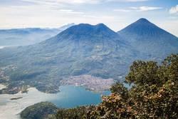 Atitlansee Guatemala - Vulkan Toliman und Atitlan