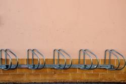 Fahrradständer (ohne Fahrrad)
