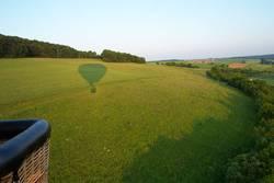 Schattenspiele eines Heißluftballons