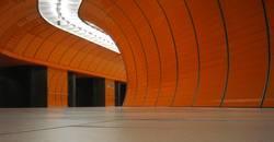 oranger Tunnelblick