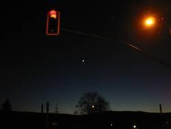 Rote Ampel und Mondsichel
