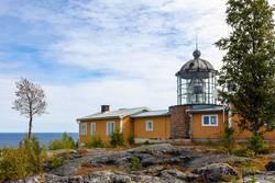 Leuchtturm an der Ostsee in Schweden