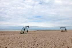 Fußballplatz am Strand
