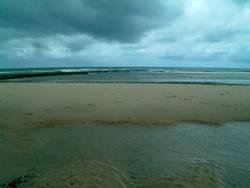 Dunkle Wolken an der Nordsee