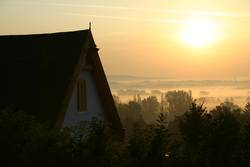 Morgennebel in Ungarn (Alsópáhok)