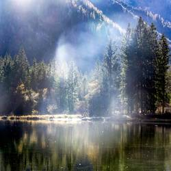 nebulös | Erscheinung am Bergsee