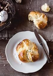 Osterbrunch - Leckerer Osterkranz zum Frühstück