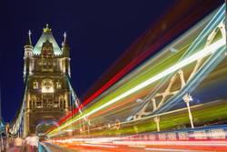 Bus auf der Tower Bridge