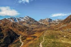 Alpenpanorama im Herbst