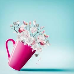 Tasse mt Frühlingsblüten