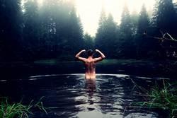 Stärkster Mann im Teich