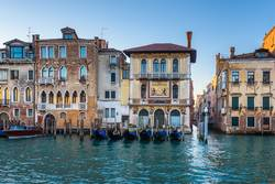 Water channels the biggest tourist attractions in Italy, Venice.