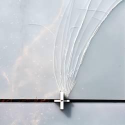 [H10.1] - Unter dem Druck des Kreuzes