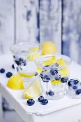 Blaubeer-Spritz