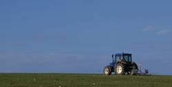einsamer Traktor