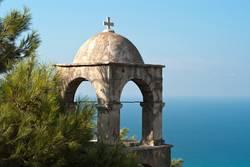 Kloster mit Meerblick