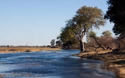 Fluss abwärts