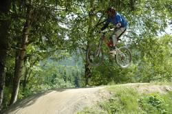 Jumpin in the bikepark 3