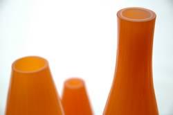 Blumenvasen in orange