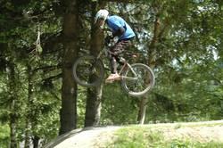Jumpin in the bikepark 2