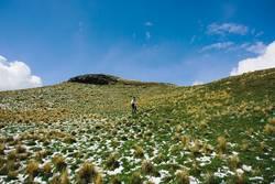 Den Berg hinauf wandern