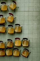 H08 - Stühle