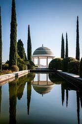 Malaga's botanic garden pond and promenade