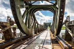 historische Eisenbahn-Klappbrücke bei Lindaunis an der Schlei