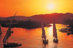 Schiffe im Sonnenuntergang