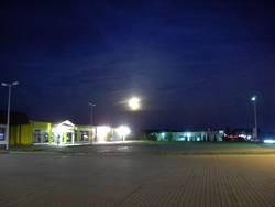 Einkauf bei Nacht