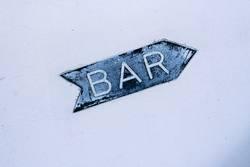 Der Weg zur Bar