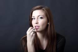 Frau, Haare Schönheit und Lippenstift