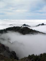 Über den Gipfeln und Wolken