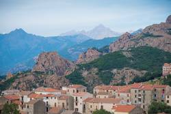 Dorf Piana an der Westküste Korsikas